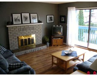 Photo 3: 1820 KEYS Place in Abbotsford: Central Abbotsford House for sale : MLS®# F2808327
