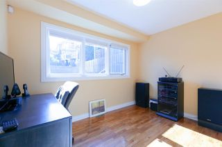 Photo 12: 906 KENT Street in New Westminster: The Heights NW House for sale : MLS®# R2426543