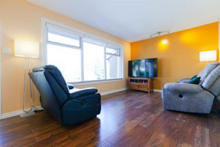 Photo 6: 906 KENT Street in New Westminster: The Heights NW House for sale : MLS®# R2426543