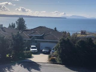 Main Photo: 14263 MAGDALEN Avenue: White Rock House for sale (South Surrey White Rock)  : MLS®# R2432517