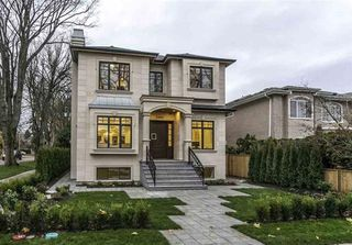Photo 1: 2999 W 39TH Avenue in Vancouver: Kerrisdale House for sale (Vancouver West)  : MLS®# R2434501