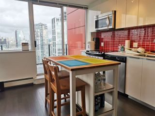 "Photo 4: 2501 1325 ROLSTON Street in Vancouver: Downtown VW Condo for sale in ""ROLSTON"" (Vancouver West)  : MLS®# R2435675"