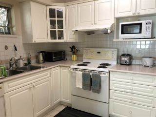 """Photo 6: 32 7488 SALISBURY Avenue in Burnaby: Highgate Townhouse for sale in """"WINSTON GARDENS"""" (Burnaby South)  : MLS®# R2445383"""