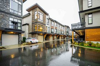Main Photo: 50 16488 64 Avenue in Surrey: Cloverdale BC Townhouse for sale (Cloverdale)  : MLS®# R2451693