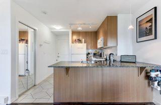 Photo 8: 411 8460 GRANVILLE Avenue in Richmond: Brighouse South Condo for sale : MLS®# R2496963