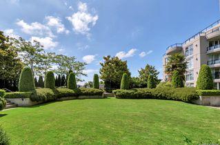 Photo 2: 411 8460 GRANVILLE Avenue in Richmond: Brighouse South Condo for sale : MLS®# R2496963