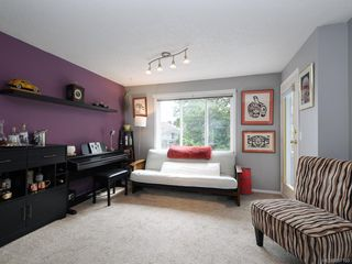 Photo 5: 206 3921 Shelbourne St in : SE Mt Tolmie Condo for sale (Saanich East)  : MLS®# 857180