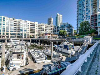 """Photo 30: 902 1000 BEACH Avenue in Vancouver: Yaletown Condo for sale in """"1000 BEACH"""" (Vancouver West)  : MLS®# R2506379"""