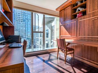 """Photo 17: 902 1000 BEACH Avenue in Vancouver: Yaletown Condo for sale in """"1000 BEACH"""" (Vancouver West)  : MLS®# R2506379"""