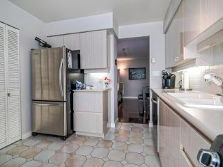 """Photo 8: 902 1000 BEACH Avenue in Vancouver: Yaletown Condo for sale in """"1000 BEACH"""" (Vancouver West)  : MLS®# R2506379"""