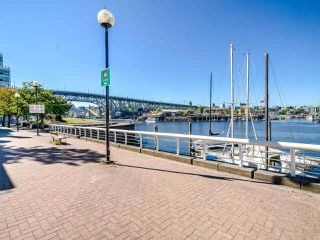 """Photo 29: 902 1000 BEACH Avenue in Vancouver: Yaletown Condo for sale in """"1000 BEACH"""" (Vancouver West)  : MLS®# R2506379"""