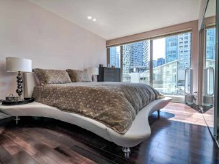 """Photo 13: 902 1000 BEACH Avenue in Vancouver: Yaletown Condo for sale in """"1000 BEACH"""" (Vancouver West)  : MLS®# R2506379"""