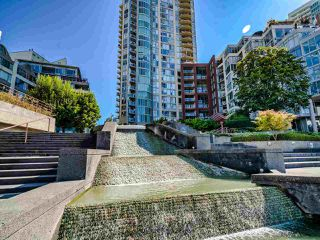 """Photo 33: 902 1000 BEACH Avenue in Vancouver: Yaletown Condo for sale in """"1000 BEACH"""" (Vancouver West)  : MLS®# R2506379"""