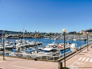 """Photo 35: 902 1000 BEACH Avenue in Vancouver: Yaletown Condo for sale in """"1000 BEACH"""" (Vancouver West)  : MLS®# R2506379"""