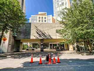 """Photo 26: 902 1000 BEACH Avenue in Vancouver: Yaletown Condo for sale in """"1000 BEACH"""" (Vancouver West)  : MLS®# R2506379"""