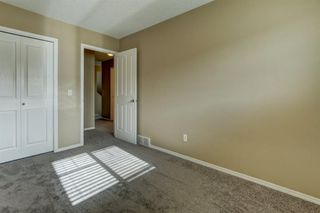 Photo 21: 431 Country Village Cape NE in Calgary: Country Hills Village Row/Townhouse for sale : MLS®# A1043447