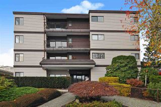 "Main Photo: 301 15041 PROSPECT Avenue: White Rock Condo for sale in ""Sea Vista"" (South Surrey White Rock)  : MLS®# R2519606"