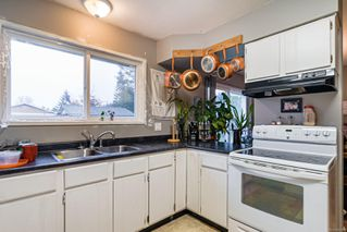 Photo 5: 98 Salsbury Rd in : CV Courtenay City House for sale (Comox Valley)  : MLS®# 862187
