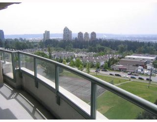 "Photo 3: 1104 - 6611 Southoaks in Burnaby: Highgate Condo  in ""GEMENI I"" (Burnaby South)"