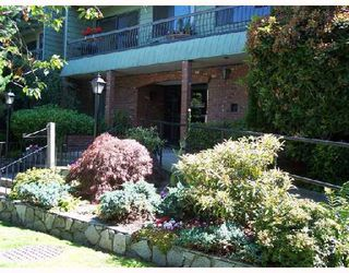 Photo 1: 110 1844 W 7TH Avenue in Vancouver: Kitsilano Condo for sale (Vancouver West)  : MLS®# V658861