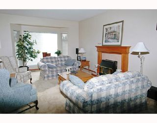 Photo 2: 12211 MAKINSON Street in Maple_Ridge: Northwest Maple Ridge House for sale (Maple Ridge)  : MLS®# V664908