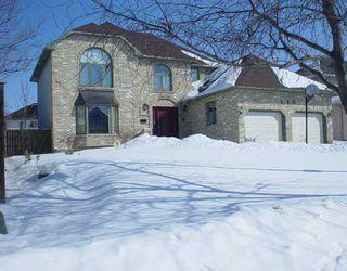 Photo 1: 109 QUEEN'S PARK Crescent in WINNIPEG: River Heights / Tuxedo / Linden Woods Residential for sale (South Winnipeg)  : MLS®# 2803096