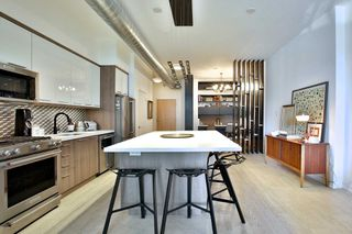 Photo 2: 325 510 E King Street in Toronto: Moss Park Condo for sale (Toronto C08)  : MLS®# C4528106