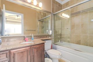 Photo 10: 7211 4TH Street in Burnaby: East Burnaby House 1/2 Duplex for sale (Burnaby East)  : MLS®# R2394563