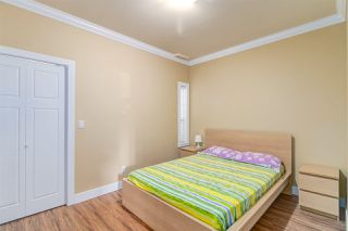 Photo 16: 7211 4TH Street in Burnaby: East Burnaby House 1/2 Duplex for sale (Burnaby East)  : MLS®# R2394563