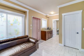 Photo 15: 7211 4TH Street in Burnaby: East Burnaby House 1/2 Duplex for sale (Burnaby East)  : MLS®# R2394563
