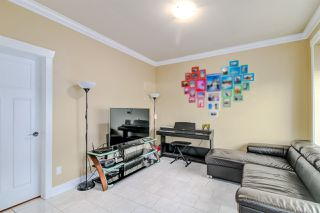 Photo 14: 7211 4TH Street in Burnaby: East Burnaby House 1/2 Duplex for sale (Burnaby East)  : MLS®# R2394563