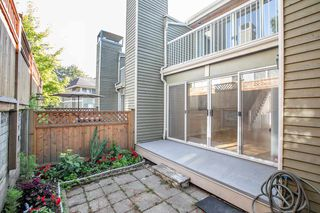 "Photo 18: 8412 KEYSTONE Street in Vancouver: Champlain Heights Townhouse for sale in ""MARINE WOODS"" (Vancouver East)  : MLS®# R2395420"