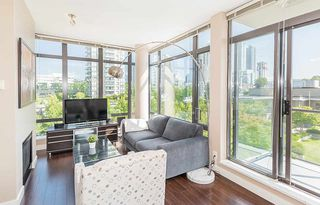 """Main Photo: 506 2345 MADISON Avenue in Burnaby: Brentwood Park Condo for sale in """"OMA 1"""" (Burnaby North)  : MLS®# R2403329"""