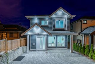 Photo 2: 906 ALDERSON Avenue in Coquitlam: Maillardville House for sale : MLS®# R2403911