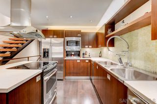 Photo 7: MISSION HILLS Condo for sale : 3 bedrooms : 3033 India St. #6 in San Diego