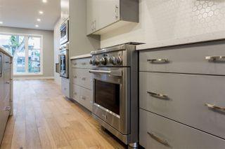Photo 4: 9511 70 Avenue NW in Edmonton: Zone 17 House for sale : MLS®# E4176249