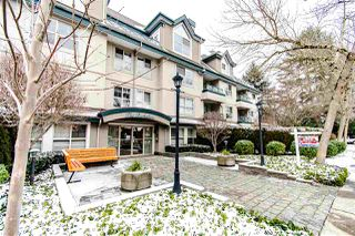 "Photo 3: 104 15325 17 Avenue in Surrey: King George Corridor Condo for sale in ""Berkshire"" (South Surrey White Rock)  : MLS®# R2429157"