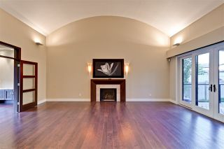 Photo 4: 5053 MCLUHAN Road in Edmonton: Zone 14 House for sale : MLS®# E4187840