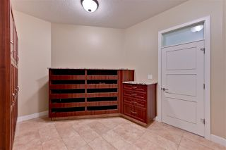 Photo 18: 5053 MCLUHAN Road in Edmonton: Zone 14 House for sale : MLS®# E4187840