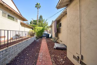 Photo 6: LA MESA House for sale : 3 bedrooms : 6120 Amaya Dr