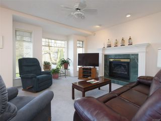 Photo 6: 1417 Anna Clare Pl in : SE Cedar Hill House for sale (Saanich East)  : MLS®# 860885