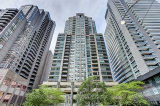 Photo 1: 1811 750 Bay Street in Toronto: Bay Street Corridor Condo for lease (Toronto C01)  : MLS®# C5073361