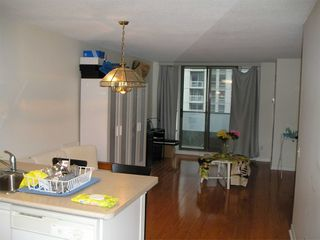 Photo 13: 1811 750 Bay Street in Toronto: Bay Street Corridor Condo for lease (Toronto C01)  : MLS®# C5073361