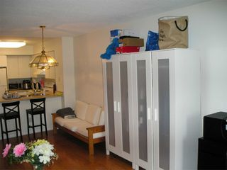 Photo 7: 1811 750 Bay Street in Toronto: Bay Street Corridor Condo for lease (Toronto C01)  : MLS®# C5073361
