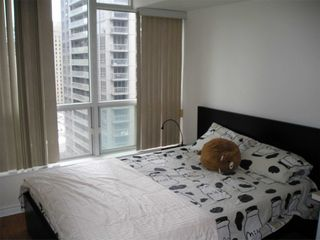 Photo 16: 1811 750 Bay Street in Toronto: Bay Street Corridor Condo for lease (Toronto C01)  : MLS®# C5073361