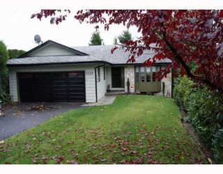 "Main Photo: 1339 STEEPLE Drive in Coquitlam: Upper Eagle Ridge House for sale in ""UPPER EAGLE RIDGE"" : MLS®# V797002"