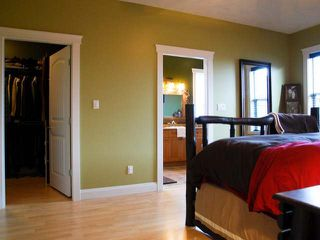 Photo 11: 2484 TIGER MOTH PLACE in COMOX: House for sale : MLS®# 309321