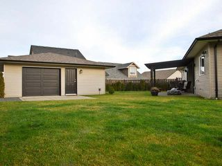 Photo 2: 2484 TIGER MOTH PLACE in COMOX: House for sale : MLS®# 309321