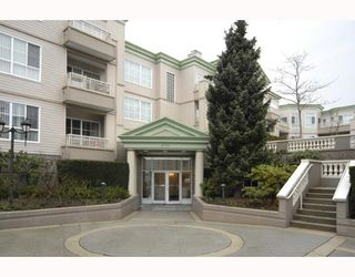 """Photo 1: 105 8775 JONES Road in Richmond: Brighouse South Condo for sale in """"REGENTS GATE"""" : MLS®# V710858"""