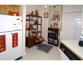 """Photo 7: 105 8775 JONES Road in Richmond: Brighouse South Condo for sale in """"REGENTS GATE"""" : MLS®# V710858"""